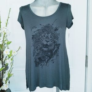 Jessica Simpson Open Back Lion Print Tee XS NWT